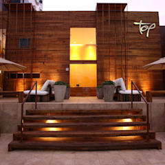 Rustic style gym by LM Arquitetura | Conceito Rustic