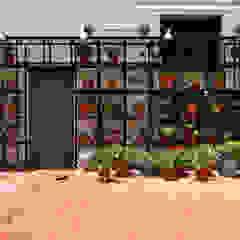 Patio Balcones y terrazas de estilo moderno de Matealbino arquitectura Moderno