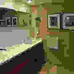 Baño Baños de estilo moderno de Matealbino arquitectura Moderno