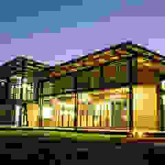 TJ Architects Modern houses Bricks Beige