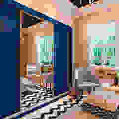 Dormitorios de estilo rústico de ARC+ Arquitetura Rústico Ladrillos