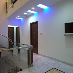 Passage Modern Corridor, Hallway and Staircase by Ansari Architects Modern