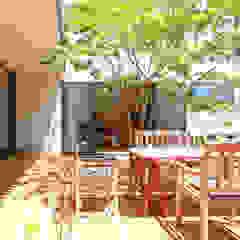 蕨市のコートハウス モダンデザインの テラス の 設計事務所アーキプレイス モダン