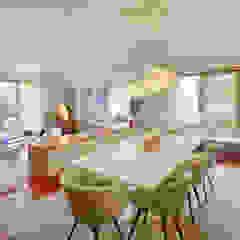 Casa em Leça da Palmeira Salas de jantar ecléticas por SHI Studio, Sheila Moura Azevedo Interior Design Eclético