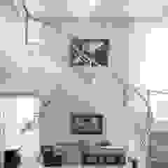 Heloisa Titan Arquitetura Salones de estilo clásico Blanco