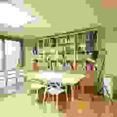 광교 서재형거실 홈스타일링(Kwanggyo APT) 모던스타일 다이닝 룸 by homelatte 모던