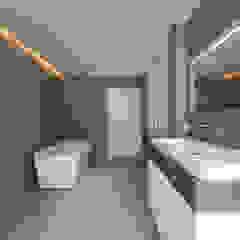 Verbouwing stadswoning Minimalistische badkamers van B-TOO Minimalistisch