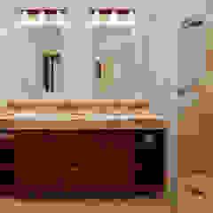Banheiros coloniais por Excelencia en Diseño Colonial Granito