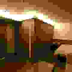 空想屋 (Koosoya Space Design Lab) Modern Bedroom Wood effect