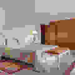 Rustic style bedroom by Zenaida Lima Fotografia Rustic