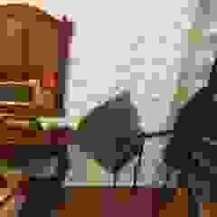 ALI-CURA Rustic style bedroom