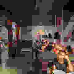 Rock & Ribs - Londrina Bares e clubes industriais por GRUPO AE - ARQUITETURA+ENGENHARIA Industrial