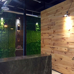 Kantor & Toko Gaya Industrial Oleh La Maquiladora / taller de ideas Industrial