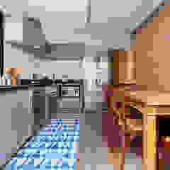 Casa Moema Cozinhas ecléticas por Tria Arquitetura Eclético