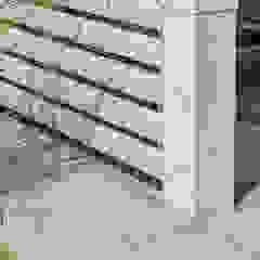 dieMeisterTischler Balkon, Beranda & Teras Modern