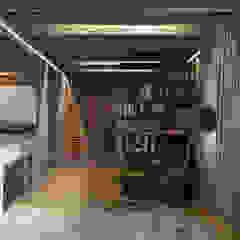 Industrial style bedroom by Anton Medvedev Interiors Industrial