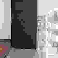 Modern terrace by PHia Modern