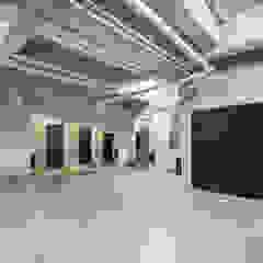 Modern garage/shed by PHia Modern