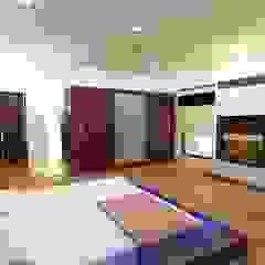 Dormitorios de estilo asiático de Shadab Anwari & Associates. Asiático