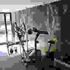 Dom w Izabelinie Nowoczesna siłownia od 4-style Studio Projektowe Anna Molin Nowoczesny