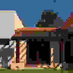 by AIDA TRACONIS ARQUITECTOS EN MERIDA YUCATAN MEXICO Сучасний Дерево Дерев'яні