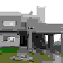 Modern houses by triAda Modern