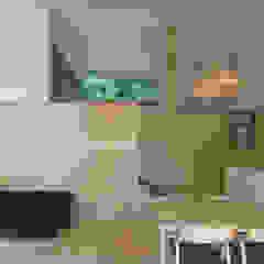 Comedores de estilo escandinavo de かんばら設計室 Escandinavo Madera Acabado en madera