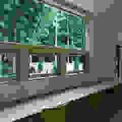 by かんばら設計室 Eclectic لکڑی Wood effect