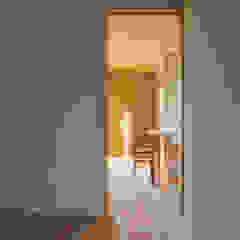 中山大輔建築設計事務所/Nakayama Architects Eclectic style bedroom