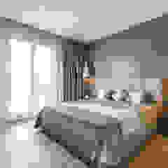 Interior design of a villa on Italian Riviera. Camera da letto moderna di NG-STUDIO Interior Design Moderno