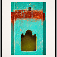 Pillar's Alcove: rustic  by IndiPix,Rustic