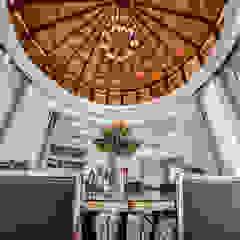 Majestic Contemporary   BUNGALOW Minimalist dining room by Design Spirits Minimalist