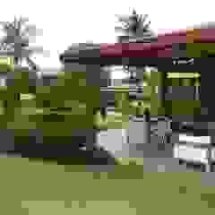 Tropische huizen van Tânia Póvoa Arquitetura e Decoração Tropisch