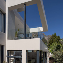 Balcon, Veranda & Terrasse modernes par MARVIN FARR ARCHITECTS Moderne