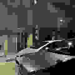 Mediterranean style garage/shed by 久友設計株式会社 Mediterranean