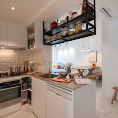 WATERCOLOURS Scandinavian style kitchen by Eightytwo Pte Ltd Scandinavian