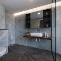 THE BELVEDERE Eclectic style bathroom by Eightytwo Pte Ltd Eclectic