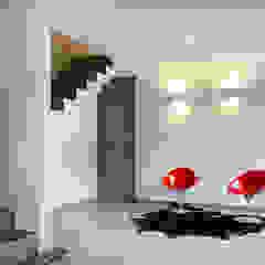 Modern Koridor, Hol & Merdivenler VMArquitectura Modern Beton