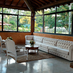 Colonial style event venues by SCALI & MENDES ARQUITETURA SUSTENTAVEL Colonial