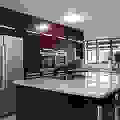 Kitchens Modern kitchen by Life Design Modern
