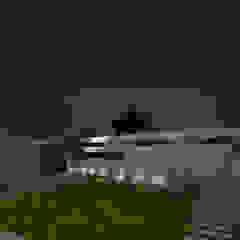 LANDSCAPE AREA VIEW Modern Garden by De Panache - Interior Architects Modern Stone