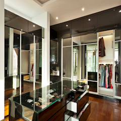 Contemporarily Dashing | BUNGALOW Modern style dressing rooms by Design Spirits Modern
