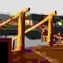 Altana w Nakle nad Notecią Rustykalny balkon, taras i weranda od Organica Design & Build Rustykalny