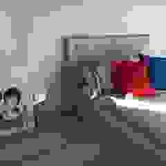 Pokój dziewczyn Nowoczesny pokój dziecięcy od Perfect Home Nowoczesny