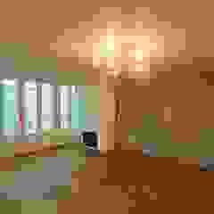 [프렌치 모던 느낌의 아파트 인테리어 37py] 클래식스타일 거실 by 홍예디자인 클래식
