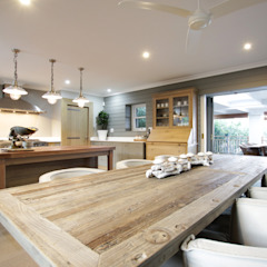 Beach Front House Rustic style dining room by JSD Interiors Rustic Wood Wood effect