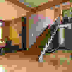 Bhaskara's House Corredores, halls e escadas asiáticos por A3 Ateliê Academia de Arquitectura Asiático