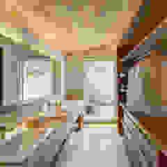 Phòng tắm phong cách Bắc Âu bởi Weber Arquitectos Bắc Âu