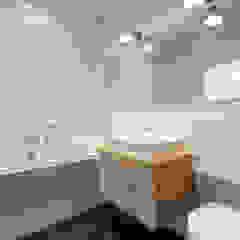 Klasyka i design Klasyczna łazienka od Perfect Space Klasyczny
