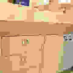 Lavabo funcional e sofisticado por Daiana Oliboni Design de Interiores Moderno